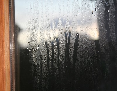 Jones UPVC can clear misted double glazing panes
